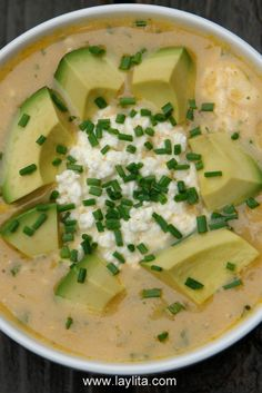 My cousin ate this while in Ecuadore and love, love, loves it. I love POTATO soup.- The best Potato Soup I have ever had! Mexican Food Recipes, Soup Recipes, Cooking Recipes, Healthy Recipes, Potato Recipes, Comida Latina, Ground Beef Stews, Cheesy Potato Soup, Potato Patties