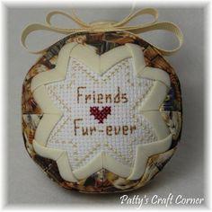 Quilted Keepsake Ornament Friends Furever / от PattysCraftCorner