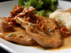 Cassie Craves: Pork Loin Chops with Prosciutto Cream Sauce Roast Meat Recipe, Best Pork Chop Recipe, Pork Loin Sauce, Pork Loin Chops, Clean Recipes, Pork Recipes, Cooking Recipes, Serbian Recipes, Diet