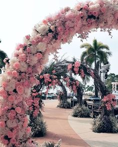 25 Magical Entrance Decor Ideas to Quirk up your Wedding Walkway With the weddi Wedding Walkway, Wedding Entrance, Entrance Decor, Desi Wedding Decor, Wedding Mandap, Outdoor Wedding Decorations, Wedding Receptions, Do It Yourself Wedding, Wedding Humor