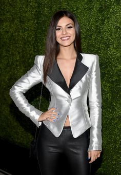 Pin for Later: Victoria Justice Keeps Things Cool and Sexy at Teen Vogue's Annual Soiree