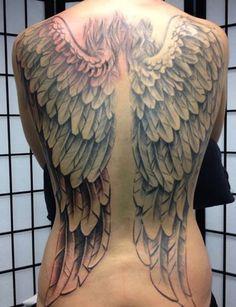 Tatuagem Costas Asas por Herzstich Tattoo
