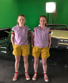 Stranger Things Behind the Scenes with Sadie Sink and Stunt Double Jamie Helton, On the Set, Season Max Stranger Things Halloween, Stranger Things Actors, Stranger Things Aesthetic, Stranger Things Funny, Stranger Things Netflix, Eleven Stranger Things Costume, Bobby Brown Stranger Things, Disfraces Stranger Things, Stunt Doubles
