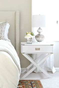 How to decorate a bedroom with a mixture of repurposed thrift store furniture and budget items you can find online! Great bedroom decorating ideas!