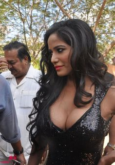Poonam Pandey Hot @ Malini and Co Press Meet