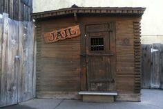 Sad eyed Joes jail Knotts Berry Farm