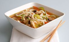 Lunch/Dinner: Epicure's Ultimate Asian Noodle Bowl calories/ serving) serve with bread or small roll. Epicure Recipes, Lunch Recipes, Asian Recipes, Nutritious Snacks, Healthy Snacks, Healthy Recipes, Healthy Eating, Steam Chicken Recipe, Clean Eating Chicken
