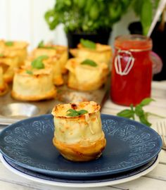 Lasagnemuffins Diy Gifts For Men, Desserts For A Crowd, Thanksgiving Desserts, Keto Snacks, Crockpot Recipes, Bakery, Easy Meals, Food And Drink, Fruit