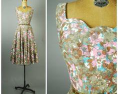 Jardin caché robe robe de soirée soie  des années 1950
