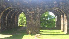 Ruinas do Castelo de Garcia D´Ávila_Mata de São João_Bahia_ Brasil