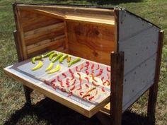 DIY Dehydrator. - i like this blog too; lots of stuff on homesteading, gardening, solar power, etc