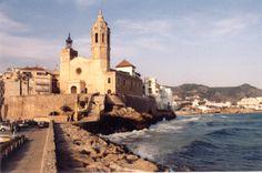 Google Image Result for http://photos.igougo.com/images/p12425-Sitges_Spain-Cathedral.jpg
