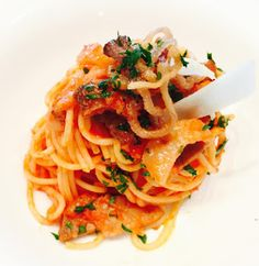 Passion For Food: La Vera Amatriciana - Amatriciana con guanciale in...