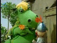 Süsü intro Dragon Tales, Intro Youtube, Crochet Patterns Amigurumi, Puppets, Dinosaur Stuffed Animal, Wonderland, Animation, Make It Yourself, Toys