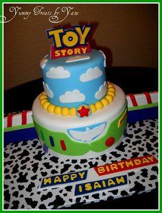 Buzz Ligthtyear Cake!