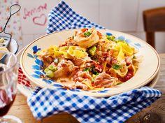 Unser beliebtes Rezept für Garnelen-Tomaten-Pasta und mehr als 55.000 weitere kostenlose Rezepte auf LECKER.de.
