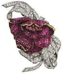 Peony clip, 1937. Platinum, gold, Mystery Set rubies, diamonds. In the former collection of Her Royal Highness Princess Faiza of Egypt. Van Cleef & Arpels
