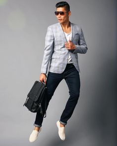Traveling Man Series - Sharp Tailored In Flight II feat @sandcopenhagen The Studios at @libertyfairs http://ift.tt/10fRvFt  #LevitateStyle #LibertyFairs #BrandTogether