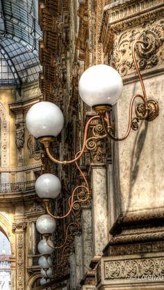 Galleria Vittorio Emanuele II - Milano, Italy | by Lorenzoclick on Flickr