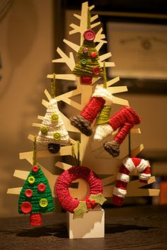 Yarn Wrapped Christmas Ornaments