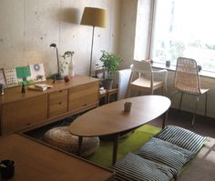 Cafe Apartment, Tokyo Cafe Restaurant, Restaurant Design, Tokyo, Dining Table, Tokyo Japan, Diner Table, Dining Room Table