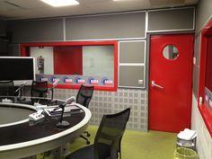 locutorio radio desde lado izq 1