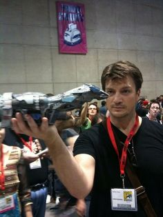 Nathan Fillion French Website: Galerie