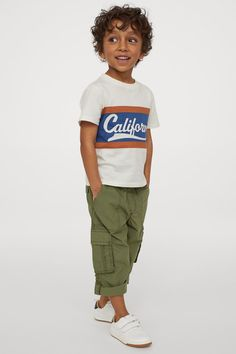 Toddler Boy Outfits, Cotton Fabric, Woven Cotton, Khaki Green, Fashion Company, Cargo Pants, Personal Style, Fitness, F22