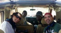 Marta, Godwin (guía de Udare Safari), Bruno (conductor de Udare Safari) y Rubén en el Land Cruiser. Septiembre 2015