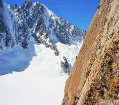 Classic ridge line route right above the refuge, 233 kb