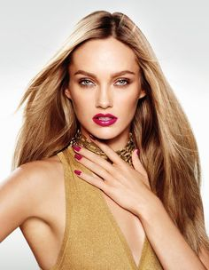I have to find out what this Michael kors model is wearing on her eyes! It's beautiful!!