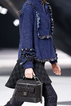 Chanel - Fall 2013 Ready-to-Wear - Look 31 of 115