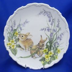 A Royal Albert The Country Walks Collection Collector Plate Spring Capers