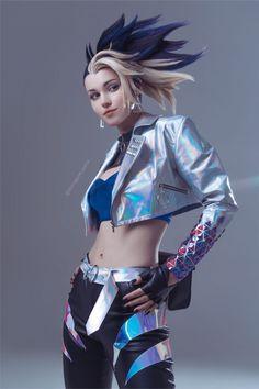 Akali League Of Legends, Ahri League, Cyberpunk Girl, Female Character Design, Cybergoth, Shadowrun, Poses, Games For Girls, Best Cosplay
