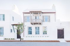 Step Inside a Stunning Home Makeover With Bermudan Architecture and Beachy Vibes via @MyDomaine