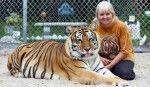 http://www.balantza.com/cum-ar-fi-sa-ai-doi-tigri-ca-animale-de-companie/  Cum ar fi să ai doi tigri ca animale de companie?