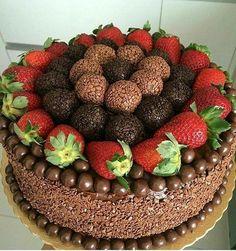 Beautiful Cakes, Amazing Cakes, Bolo Nacked, Brigadeiro Cake, Bolos Naked Cake, Super Torte, Cake Videos, Novelty Cakes, Cake Decorating Techniques