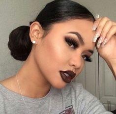 63 Ideas makeup looks dark lipstick faces Makeup On Fleek, Flawless Makeup, Cute Makeup, Pretty Makeup, Skin Makeup, Makeup Inspo, Makeup Inspiration, Dark Lipstick Makeup, Makeup Ideas