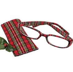 Tartan Plaid frames!! Love!