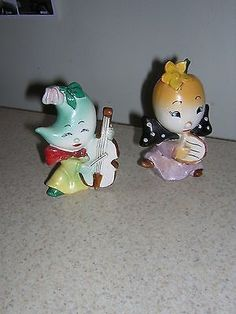 Vintage Anthropomorphic Salt & Pepper Shakers Figural playing Musical Instrument (06/24/2014)