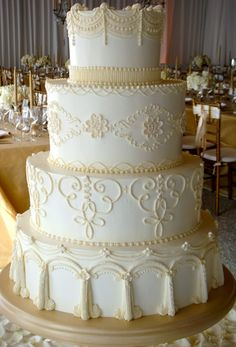 http://weddingcakesbyjimsmeal.com/wedding_cakes.html
