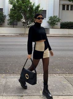 Classy Outfits, Trendy Outfits, Fashionable Outfits, High Fashion Outfits, Sophisticated Outfits, Black Skirt Outfits, Black Tights Outfit, Beige Outfit, Brown Ankle Boots Outfit