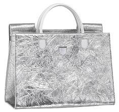 Grand sac Dior en agneau froissé couleur argent