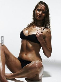 Why be super skinny when you can be healthy like Jennifer Lawrence?