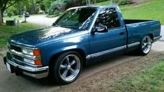 Example of same paint called 'Gray Blue' on a GM General Motors 1992 Chevy Truck Vintage Chevy Trucks, Custom Chevy Trucks, Classic Chevy Trucks, Chevrolet Trucks, Classic Cars, Chevy Classic, Lowered Trucks, Gm Trucks, Cool Trucks