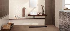 carrelage mosaïque en marron et taupe dans la salle de bains contemporaine