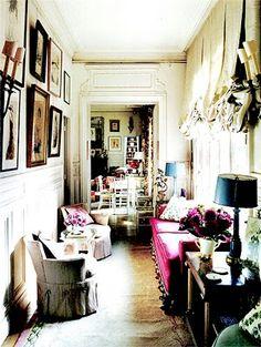 Hamish Bowles' Paris apartment, photography by François Halard for World of Interiors. World Of Interiors, Paris Apartments, Parisian Apartment, York Apartment, Dream Apartment, Apartment Interior, Bohemian Interior, Bohemian Decor, High Fashion Home