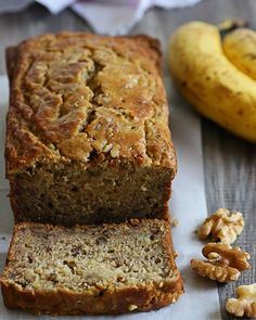 Delicious, low-fat, gluten-free banana nut bread made two-ways! So moist and delicious, you can't tell it's light. My family went bananas for this! Patisserie Sans Gluten, Dessert Sans Gluten, Gluten Free Desserts, Gluten Free Recipes, Dessert Recipes, Banana Nut Bread, Banana Bread Recipes, Banana Bread Recipe With Two Bananas, Healthy Dessert Recipes