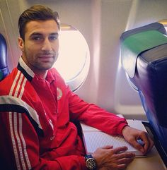 Lorik Cana - albanian Footballer ... He is an Hero! ❤️❤️