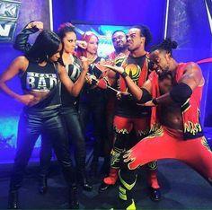 Naomi Sasha Banks & Tamina vs Big E, Xavier Wood & Kofi Kingston
